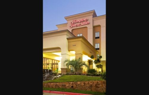 Hampton-Inn-and-Suites-Longview-North-TX-Exterior