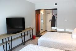 09 Guest Room